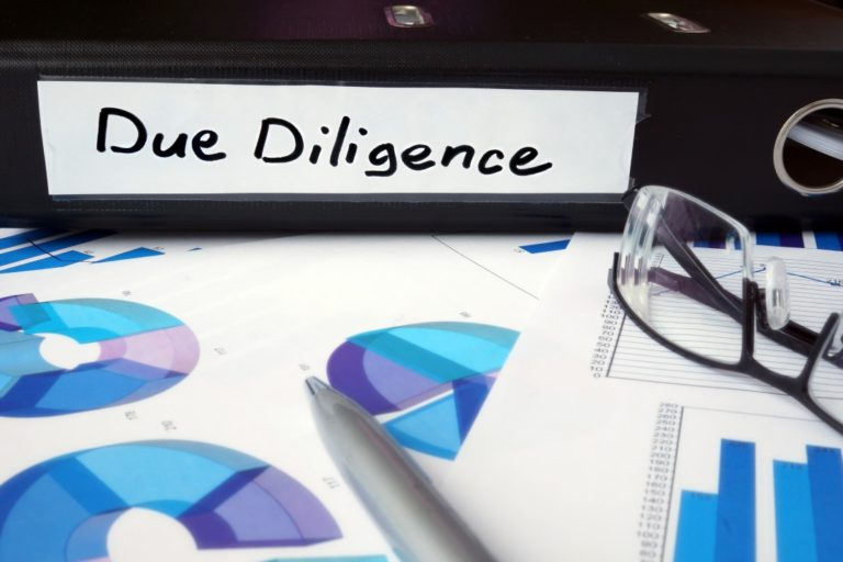 財務デューデリジェンスと会計監査の違い